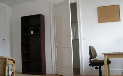 Antique room 2 - Study desk leading to your very own walk-in closet